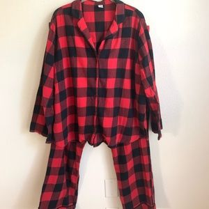 Old Navy Plaid Pajama Set